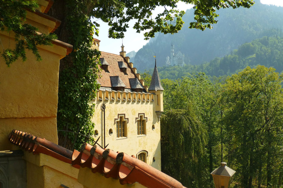 Le château de Neuschwanstein depuis celui de Hohenschwangau
