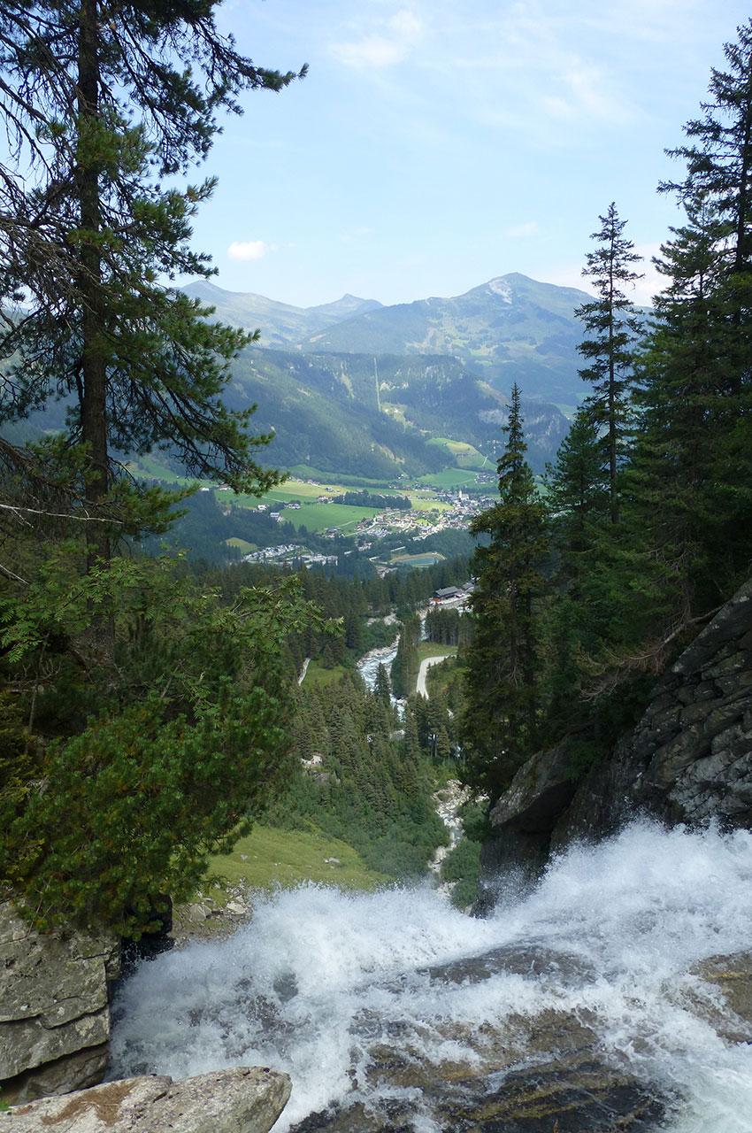 Juste avant la chute, vue sur la vallée