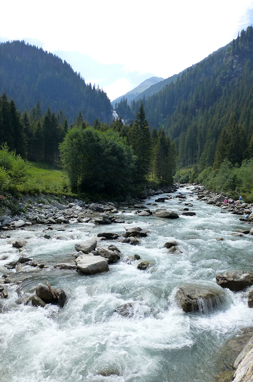 La rivière Krimmler Ache semble pourtant bien tranquille