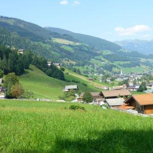 La vallée verdoyante de Bramberg am Wildkogel