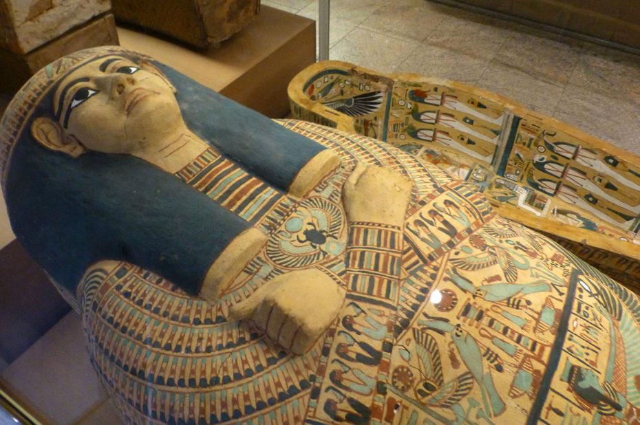 Cercueil extérieur de Iotefamun, 21e dynastie