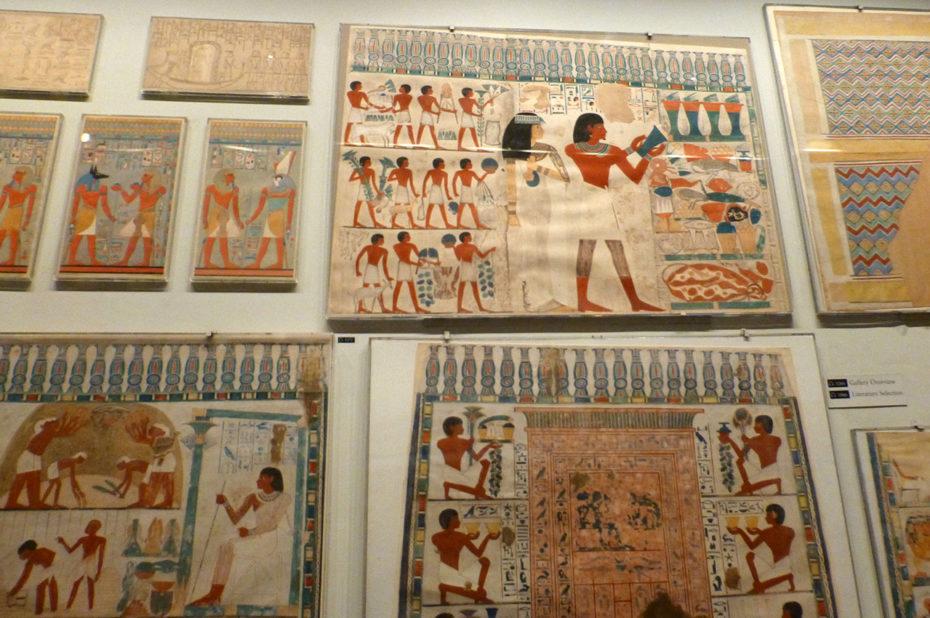 Fresques dans la galerie égyptienne du MET