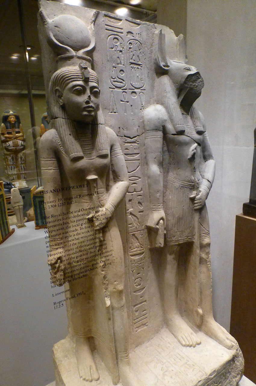 Statues d'Isis et Wepwawet