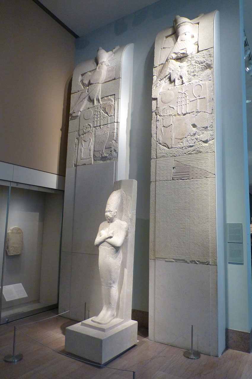 Mur intérieur gauche du complexe pyramidal de Sésostris Ier