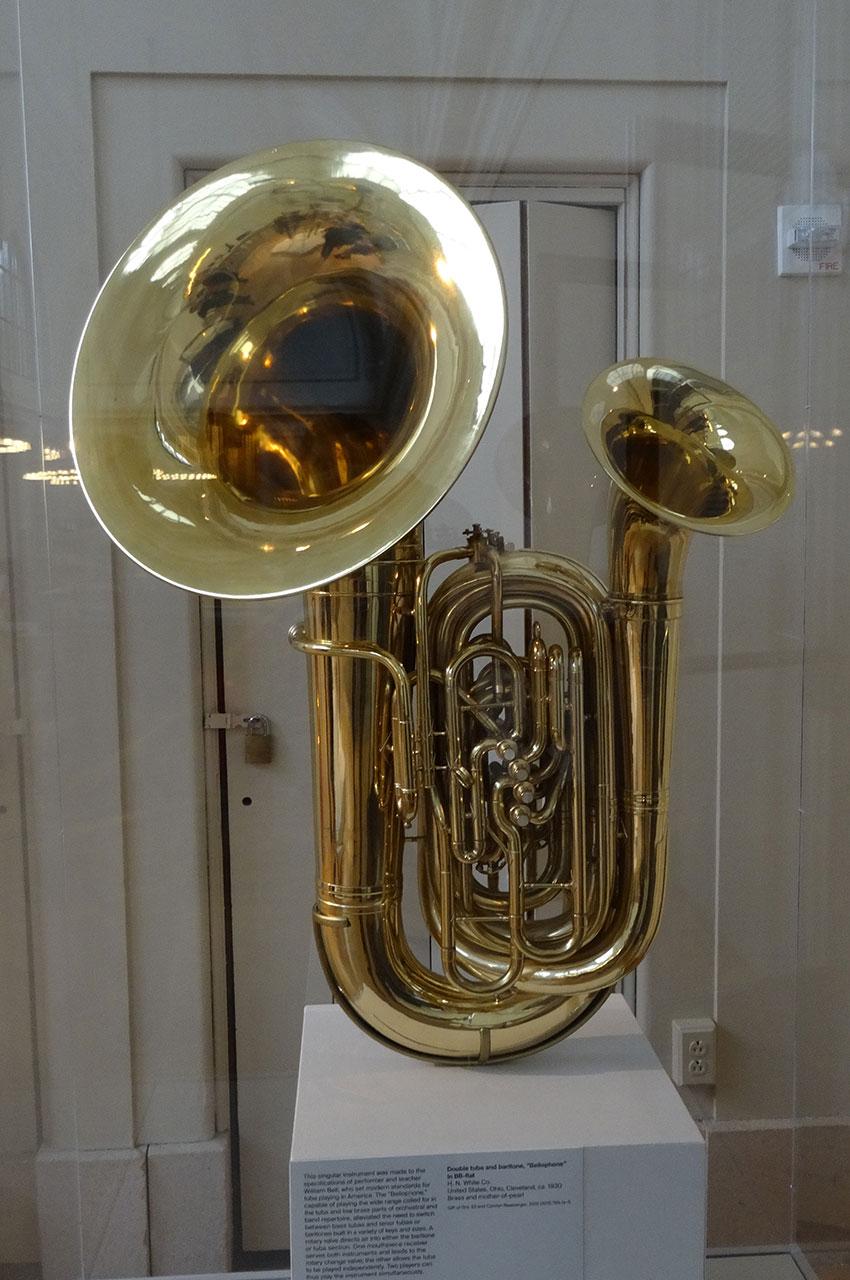 "Double tuba et baryton, ""Bellophone"""