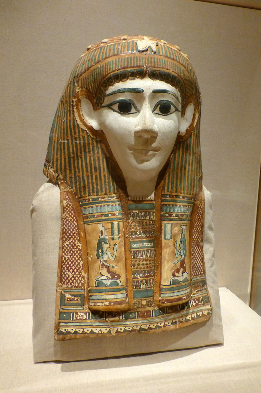 Masque de momie de femme