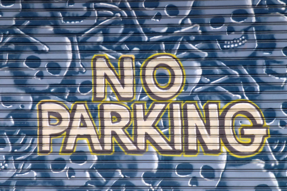 "Street art ""No Parking"""