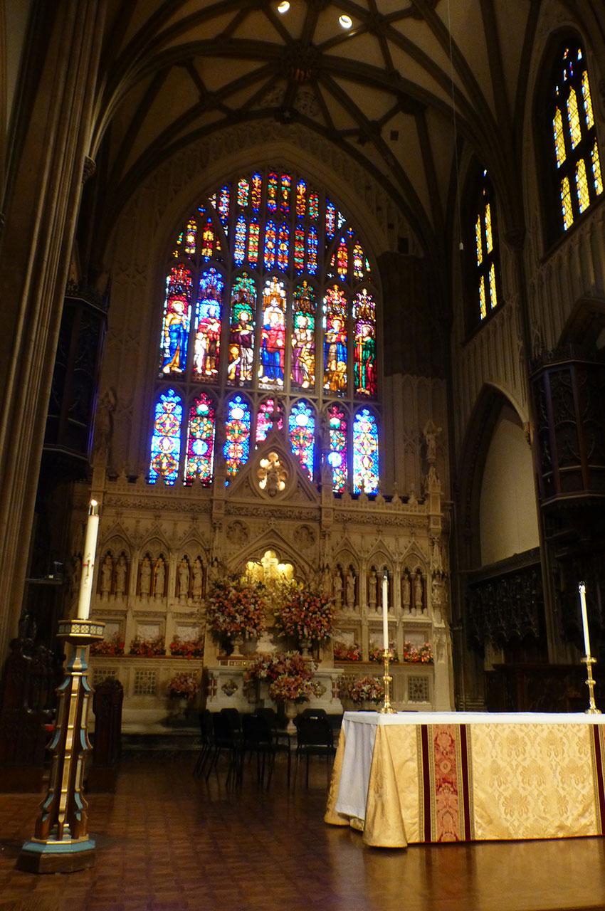 L'autel et le chœur de l'église Trinity Church