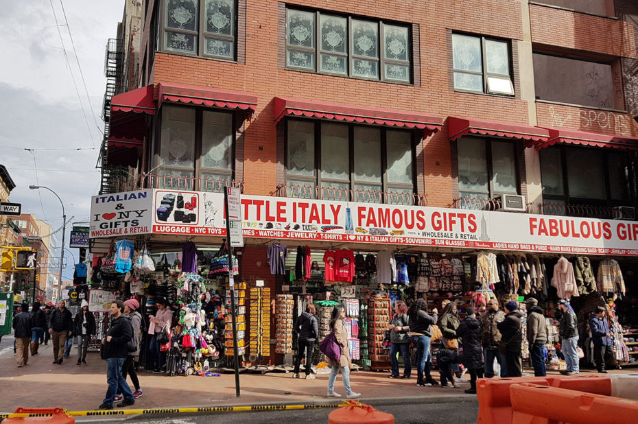 Boutique de souvenirs italiens sur Mulberry Street