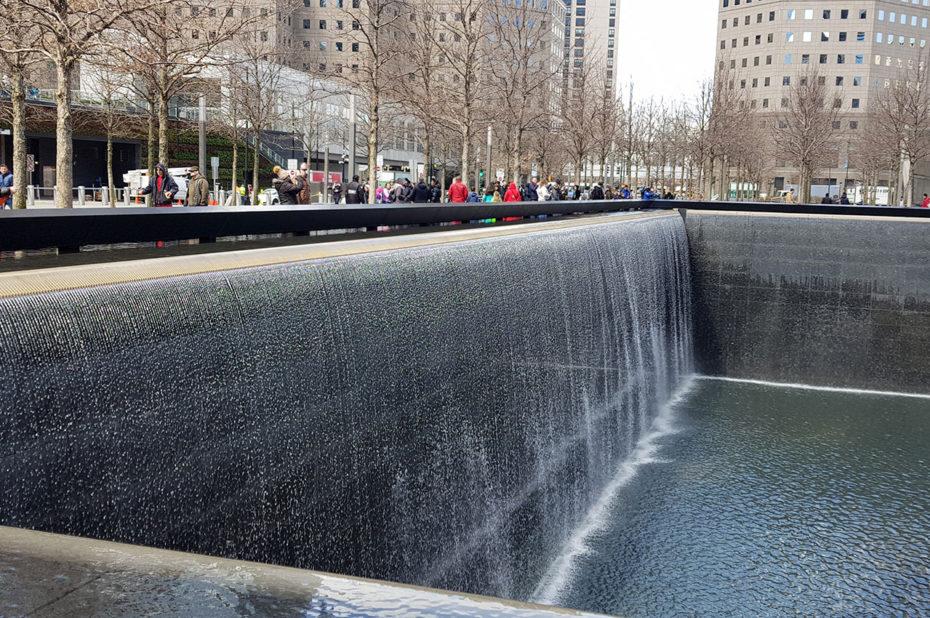L'eau qui se recycle continuellement, symbole de la mémoire du peuple américain