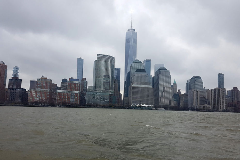 Financial District et la One World Trade Center depuis l'Hudson