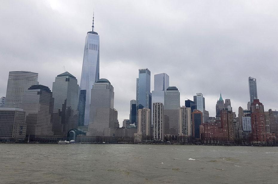 Le sud de Manhattan pendant la croisière sur l'Hudson river