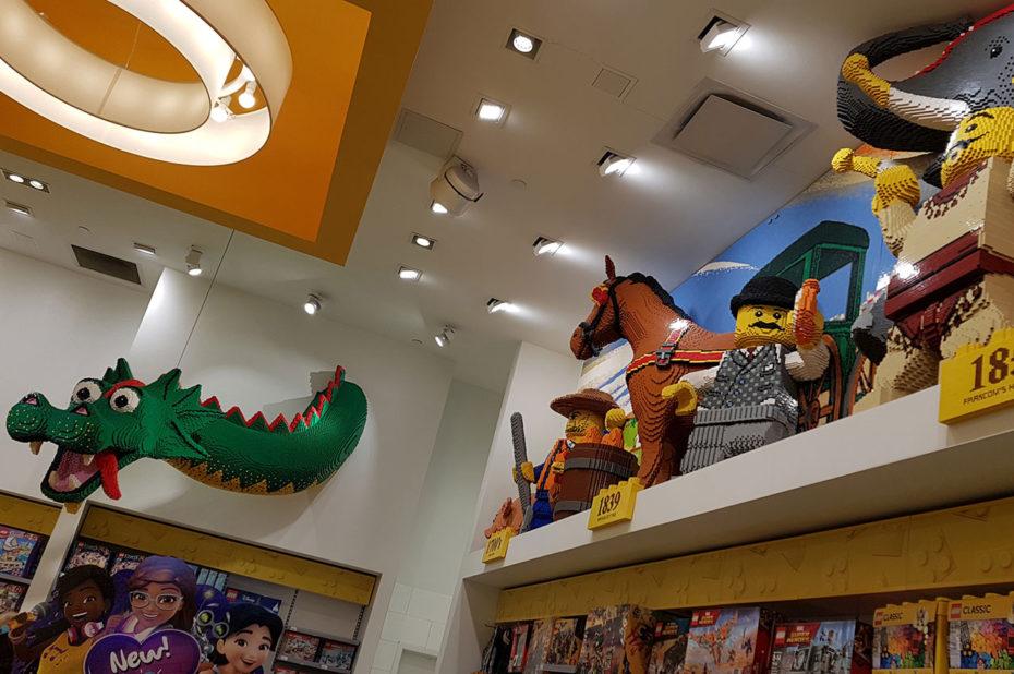 Dans la boutique Lego Store