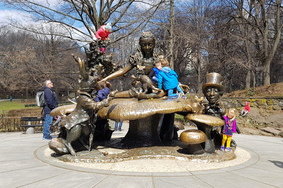 Mémorial Alice in Wonderland