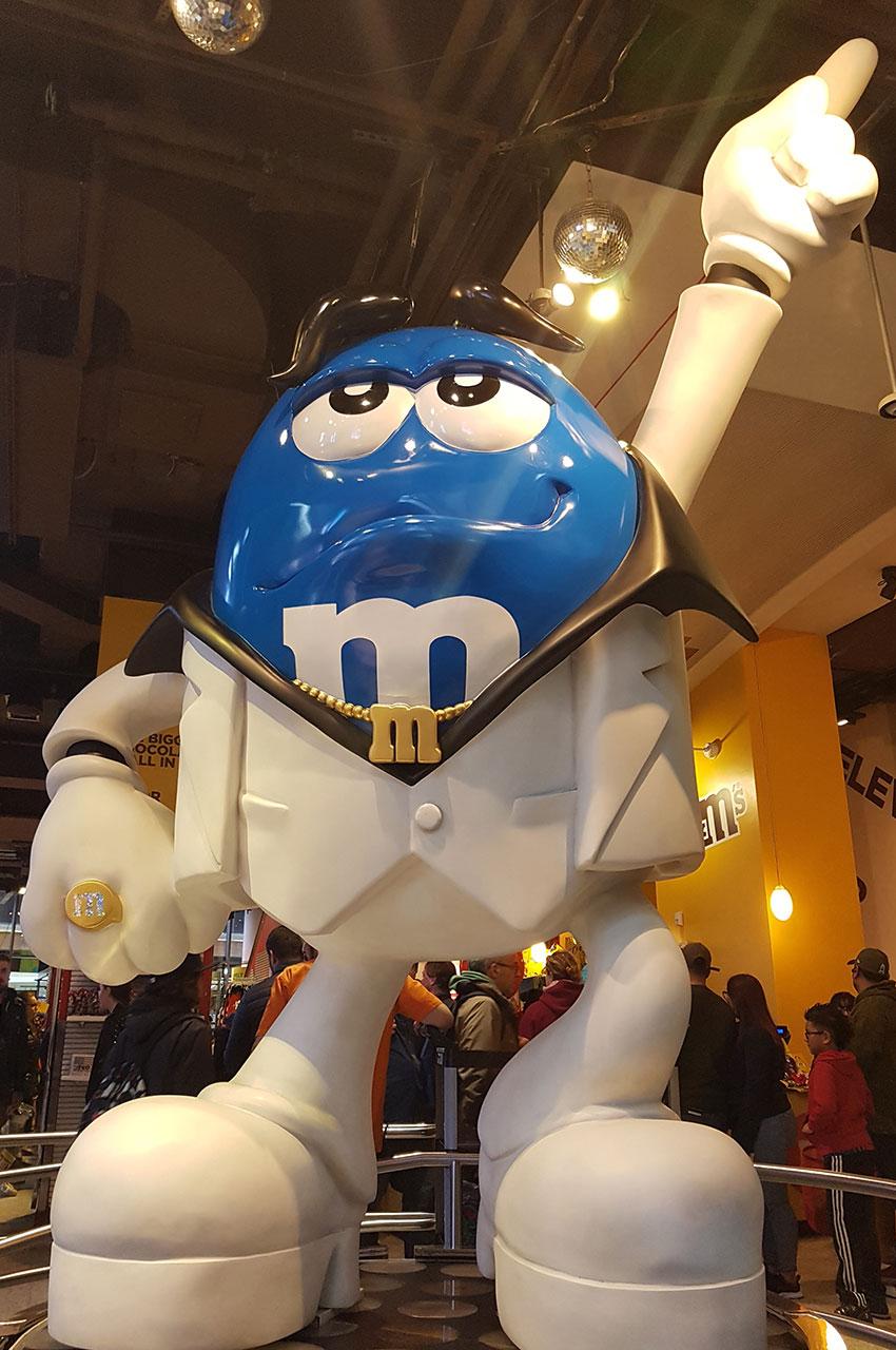 Grand personnage M&Ms bleu à la boutique officielle
