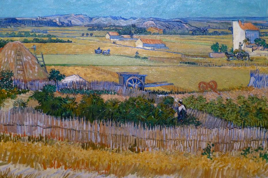 Moisson à la Crau avec Montmajour en arrière-plan de Vincent Van Gogh