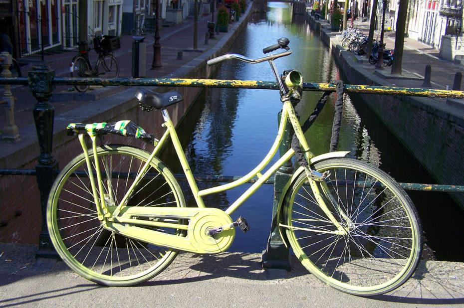 Les vélos, omniprésents à Amsterdam