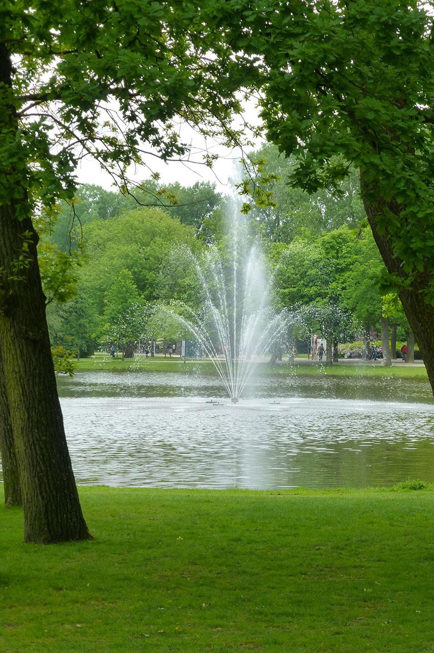 Jet d'eau au cœur du Vondelpark