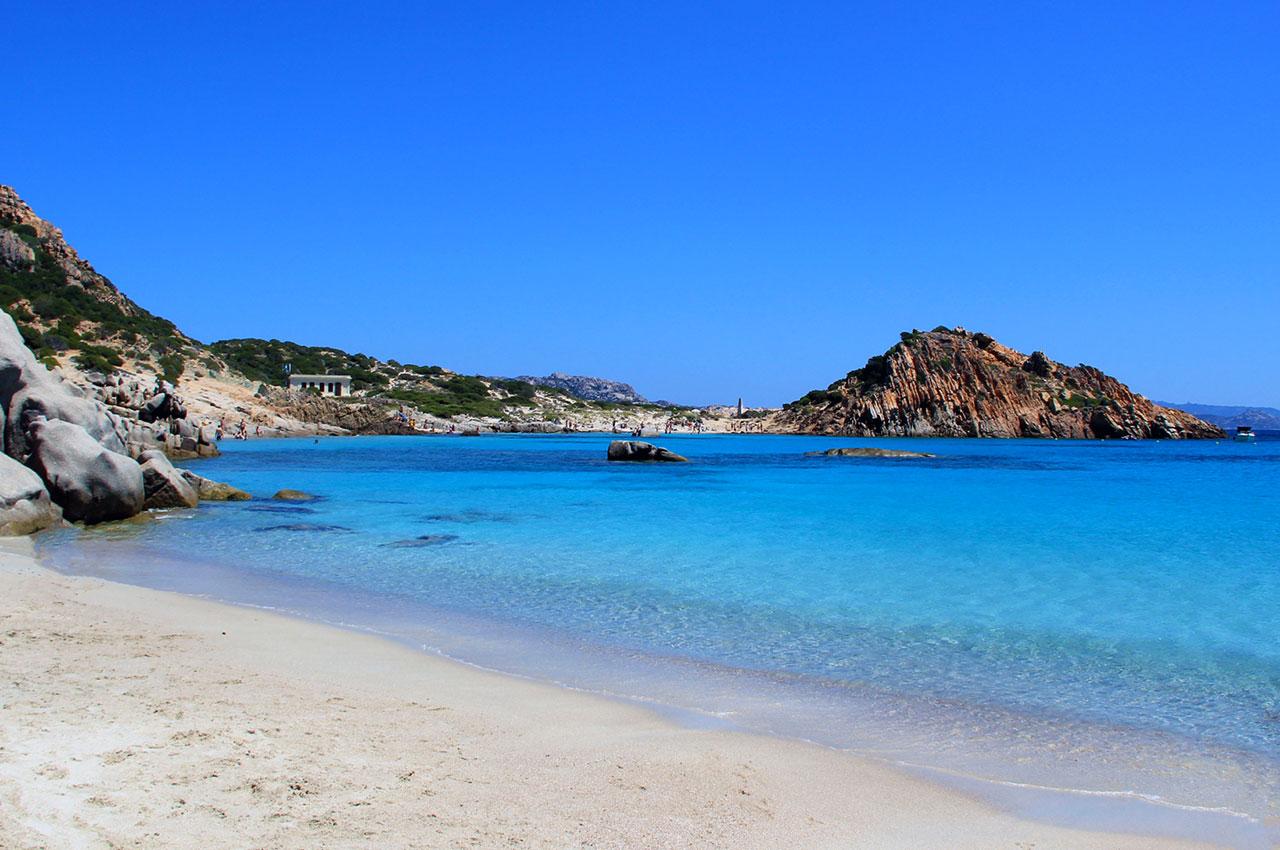 L'île de Spargi dans l'archipel de la Maddalena