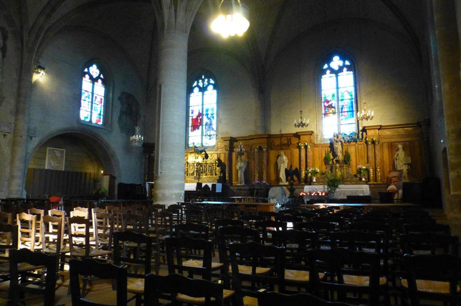 Intérieur de l'église Saint-Porchaire