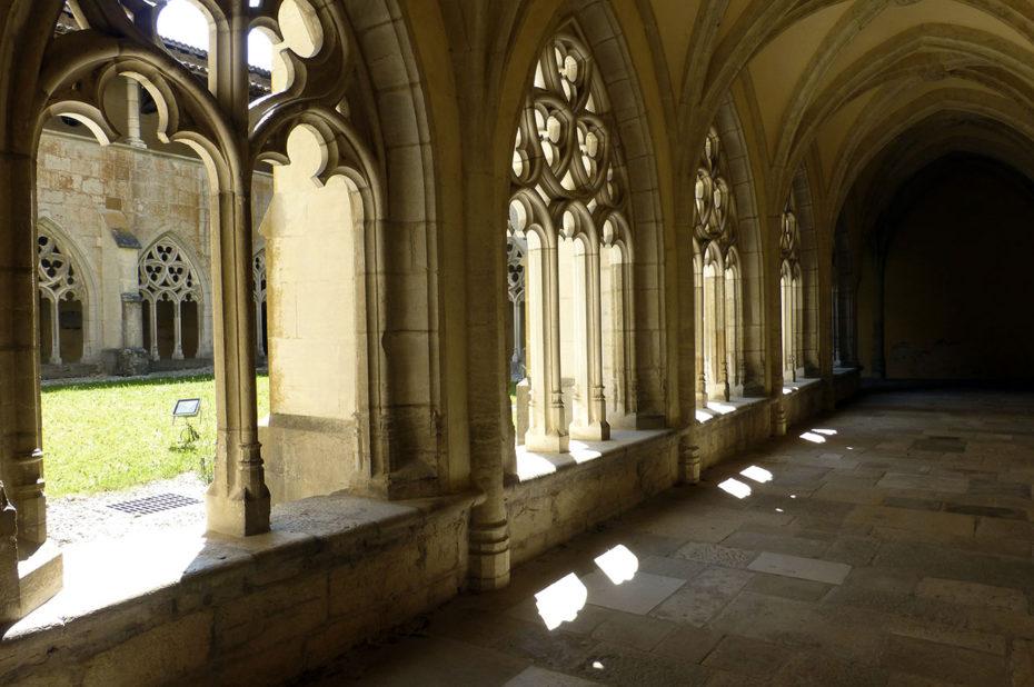 Le cloître est de style gothique flamboyant