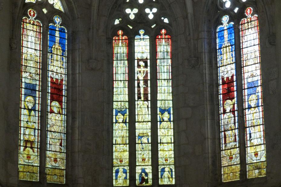Les 3 vitraux du chœur de l'abbatiale