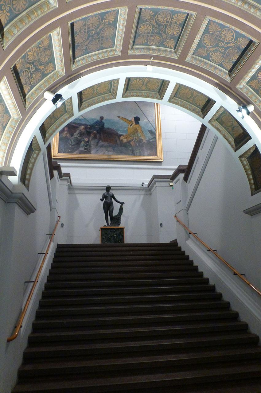Escalier dans la Galerie Nationale d'Oslo