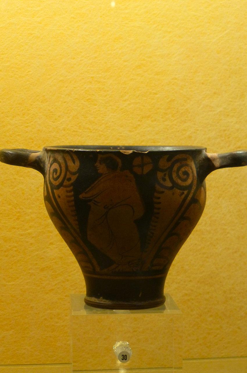 Récipient à deux anses d'origine romaine