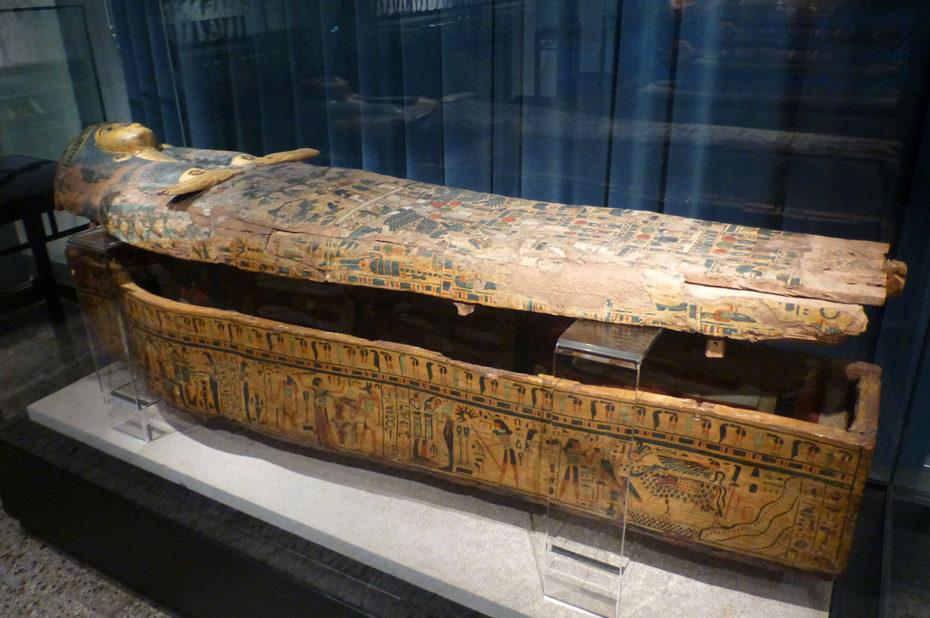 Sarcophage de la 21e dynastie, provenant de Thèbes