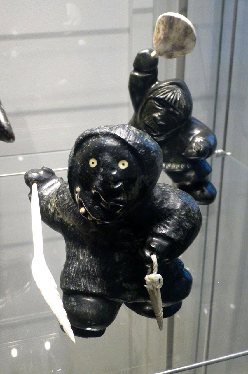 Sculptures de guerriers nordiques