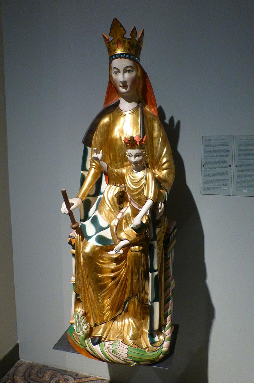 Vierge à l'Enfant en bois de Hedalen