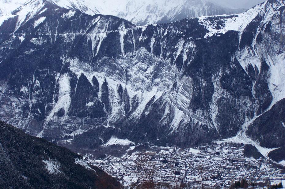 Ambiance hivernale jusqu'à Bourg d'Oisans