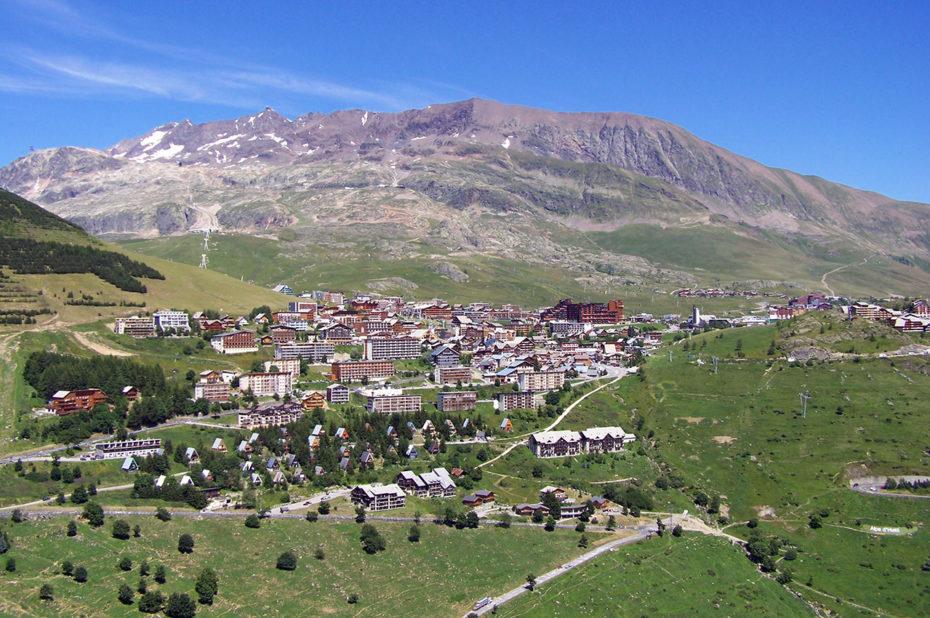 La station de l'Alpe d'Huez et les Grandes Rousses