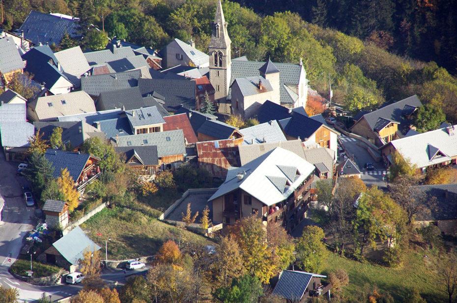 Le village d'Huez vu d'en haut
