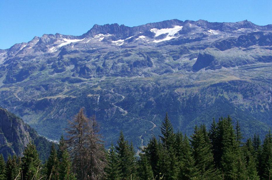 La chaîne des Grandes Rousses du Pic de l'Étendard au pic du Lac Blanc