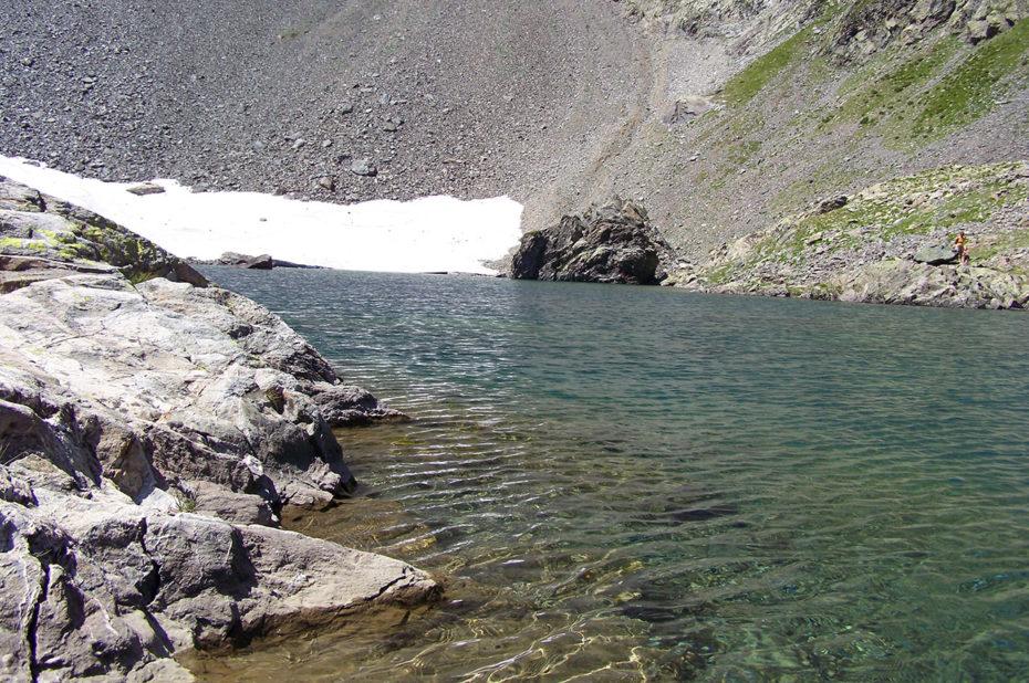 L'eau pure et transparente du Lac de Belledonne