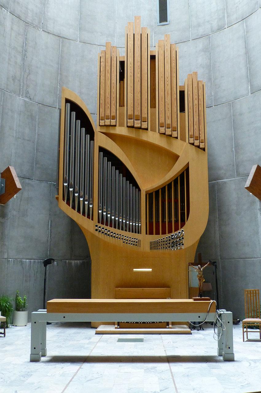 L'orgue en forme de main