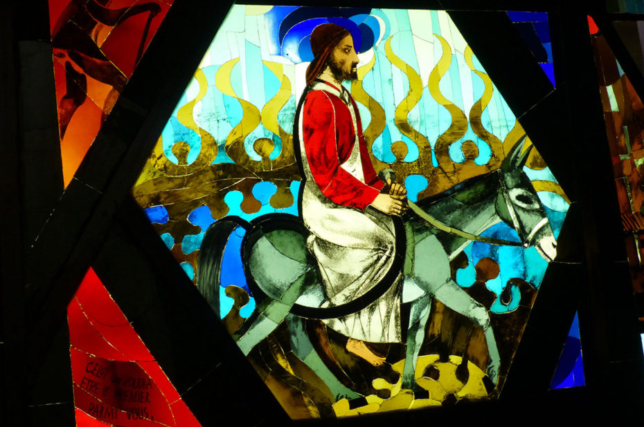 Vitrail « Jésus fait son entrée à Jérusalem »