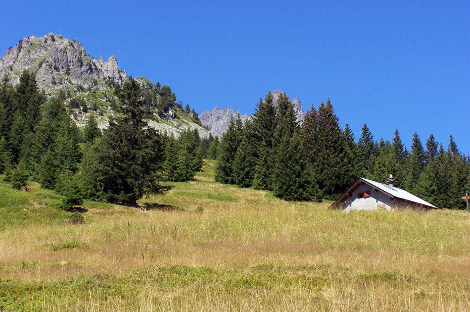 Vue sur la montagne juste en-dessous de la cabane du Chazeau