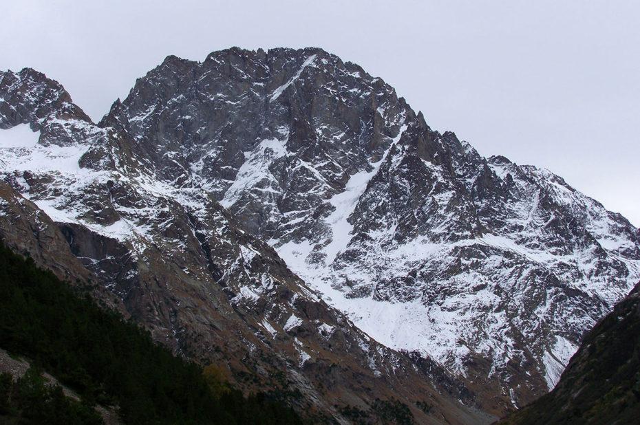 L'Ailefroide, 3954 m, ensemble de sommets remarquables des Écrins
