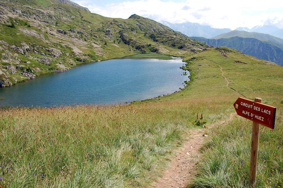 Le Lac Carrelet sur le circuit des lacs de l'Alpe d'Huez