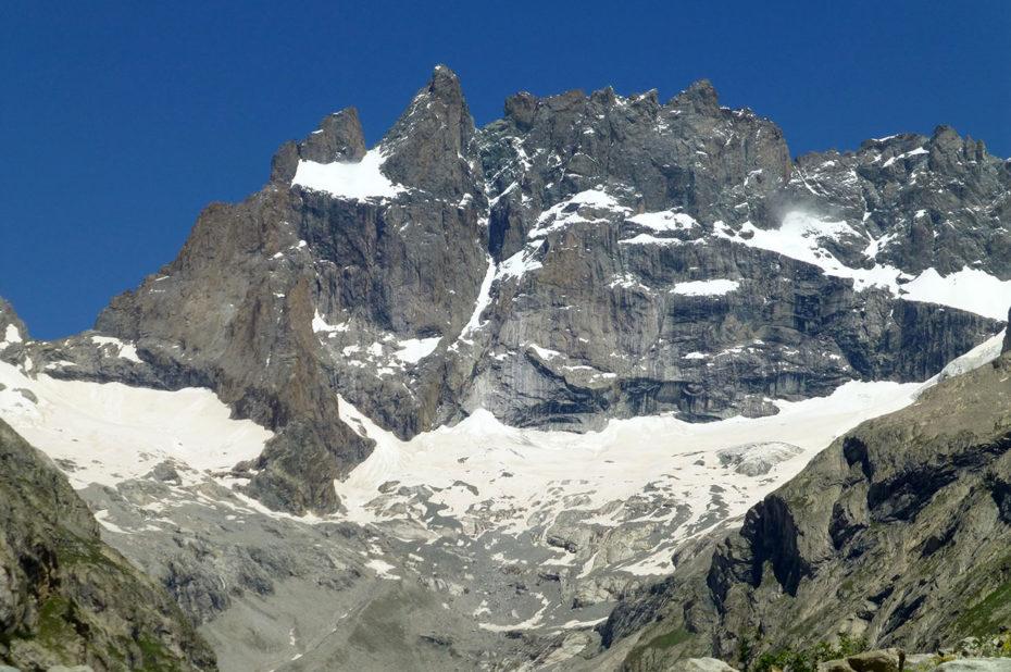 L'imposante face sud de la Meije et le glacier des Étançons