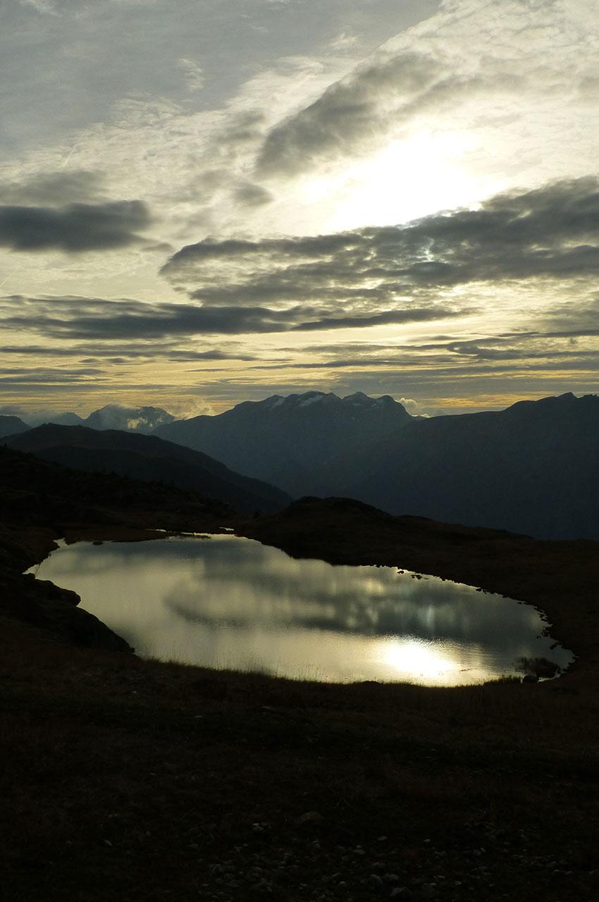 Le Lac Carrelet au coucher de soleil
