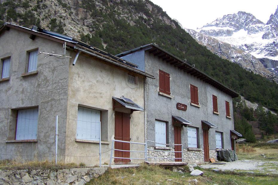 Le refuge du Carrelet, à 1909 m, première étape de la randonnée