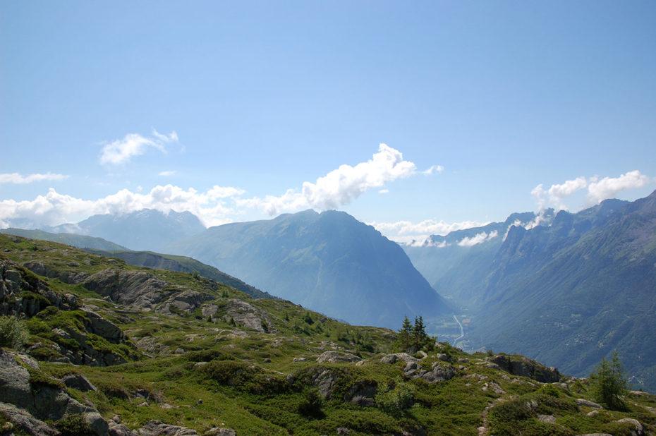 Vue sur le Bourg d'Oisans et la vallée de la Lignarre