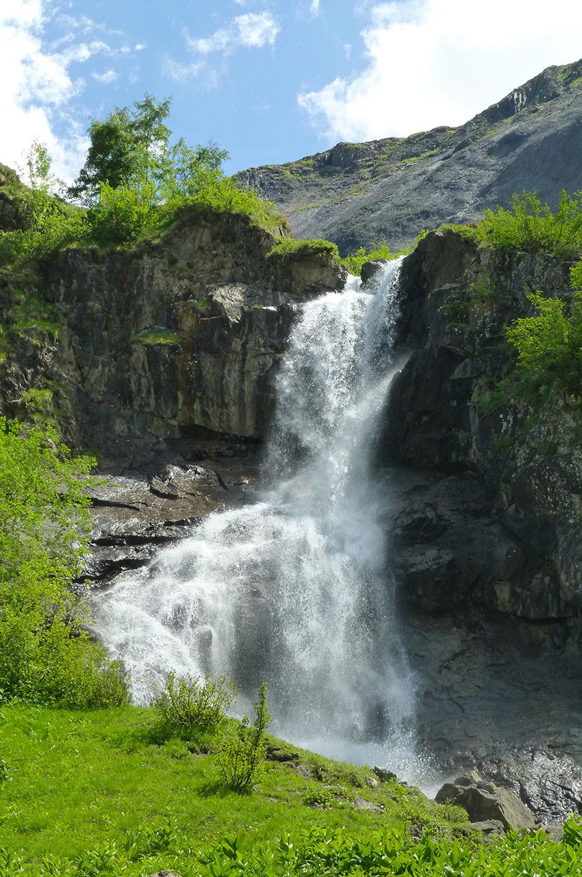 Des cascades tout au long du chemin de randonnée
