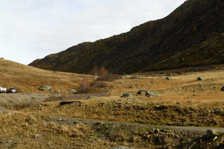 Départ du chemin vers le col de Cluy, en-dessous du col de Sarenne