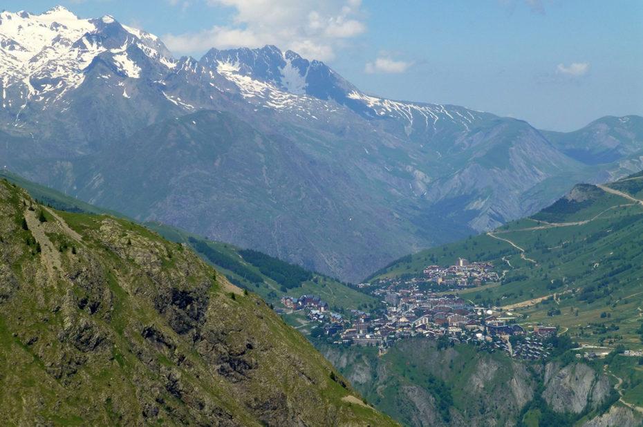 La station des 2 Alpes sur l'autre versant
