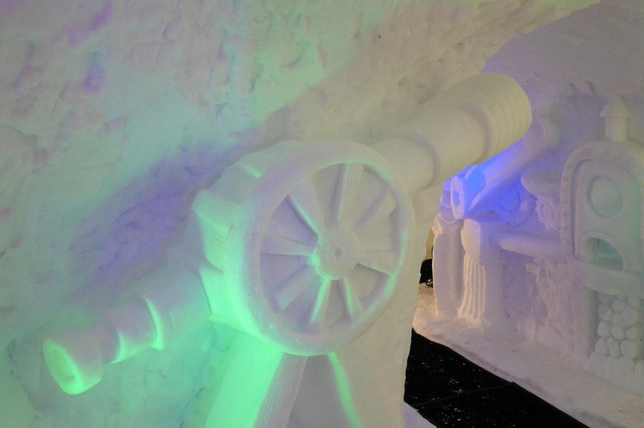 La grotte de glace, une visite rafraîchissante pour petits et grands