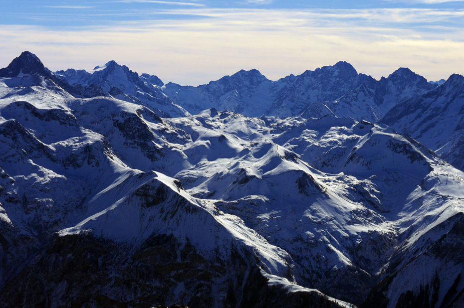 Un océan de sommets du massif des Écrins